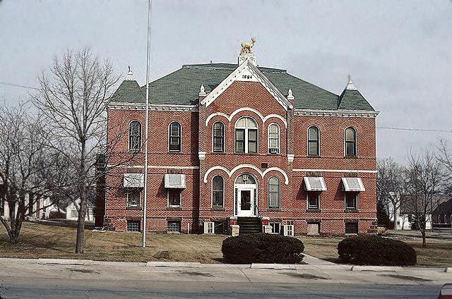Antelope_County_Courthouse.jpg