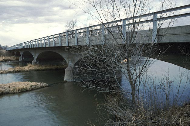File:Cambridge State Aid Bridge.jpg