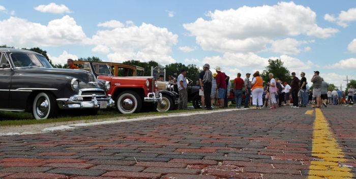 Nebraska Historical Marker: Lincoln Highway at Elkhorn - E ...