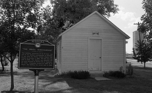 The_Small_Schoolhouse_1.jpg